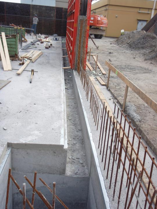 concrete bund wall